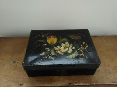 LOVELY DECORATIVE ANTIQUE PAINTED TINWARE TIN 9.7 by 6.9 inches
