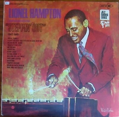 "Lp - Lionel Hampton And His Orchestra =  ""steppin' Out""  (1942 - 1945)  (Jazz)"
