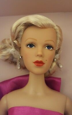 "Madame Alexander Alex Doll as Marilyn Monroe ""Gentlemen Prefer Blondes"" 16"" NRFB"