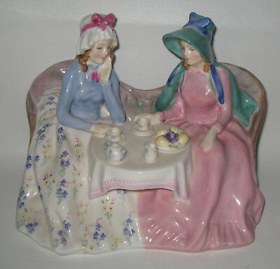 Royal Doulton Porcelain Figurine HN1747 Afternoon Tea HB66