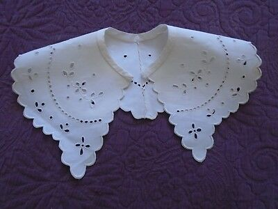 Ancien Col Broderies Anglaise Non Utilise