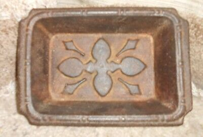 Vintage CAST IRON Bread Loaf Pan French PATTERN Gate mark 1800's CIVIL WAR RARE