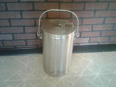 Vollrath Stainless Steel Covered 20 Quart Ice Cream Pail #59200