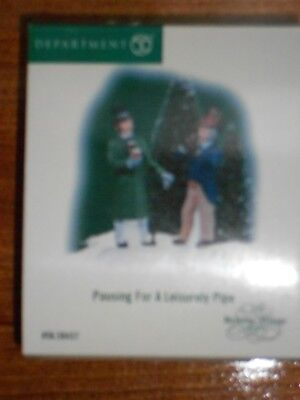 DEPT 56 DICKENS' VILLAGE Accessory PAUSING FOR A LEISURELY PIPE NIB