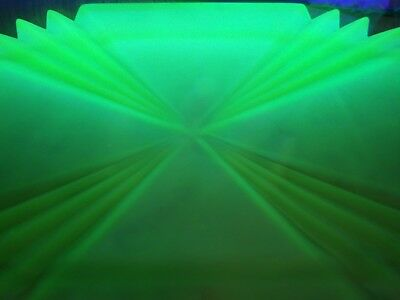 ART DECO RARE 1930's BAGLEY URANIUM FROSTED GREEN GLASS VANITY TRAY BEDFORD 3057