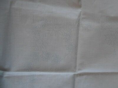 vintage table cloth to embroider