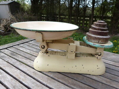 LOVELY VINTAGE 1950s CAST METAL KITCHEN SCALES & IMPERIAL WEIGHTS.