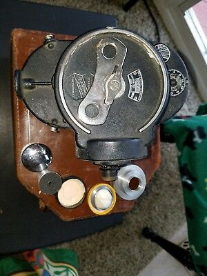 BELL & HOWELL FILMO 16mm MOVIE CAMERA MODEL E IN CASE, TWO LENSES, CHAIN HANDLE