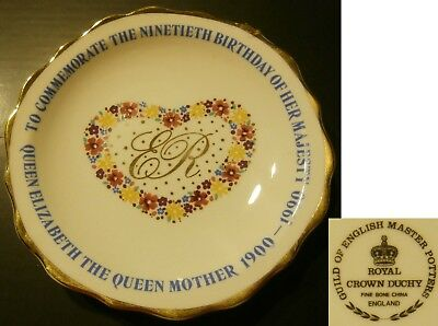 QUEEN MOTHER 90th BIRTHDAY COMMEMORATIVE PINDISH 1900-1990 - PORCELAIN DISPLAY