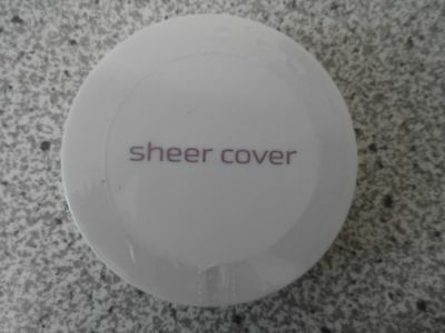 Sheer Cover  Conceal & Brighten Trio   cremiger Concealer  Light/Medium  NEU!!!!