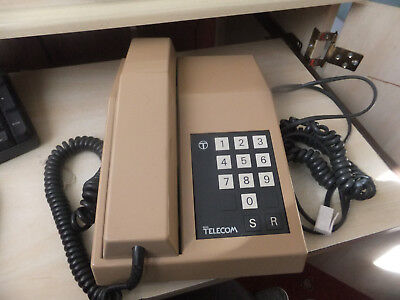 BT Biege Rhapsody Telephone Of 1983 Vintage.. Push Button Pluse with Bell Ring