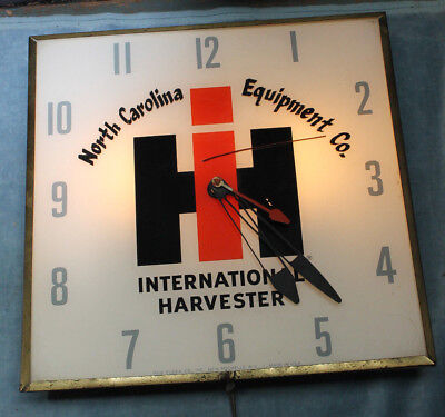 Vintage International Harvester Tractor Dealership Pam Clock Light Up Works.