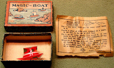 Old Boxed Cracker Jack Popcorn Confection Celluloid Toy Prize Magic Boat Set (2)