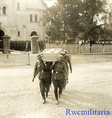 SOMBER: German Feldgendarmerie Polizei Troops Carrying KIA Comrades Casket!!!