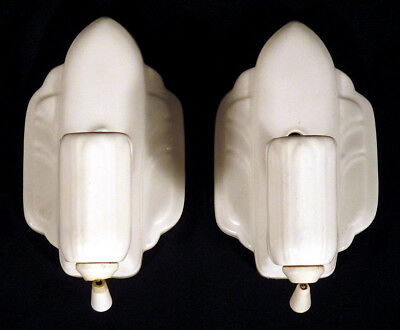 1920s 30s Vintage Pair 2 ART DECO Porcelain BATHROOM ELECTRIC LIGHT FIXTURES