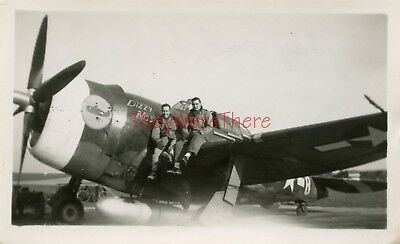 WWII photo- Republic P-47 Thunderbolt Fighter plane Nose Art -  DIZZY MISS