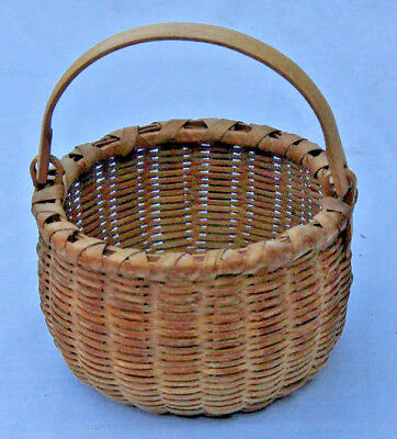 """#5 Antique Shaker Round Gathering Basket With Wooden Swing Handle 5"""" X 3"""". Nr"""