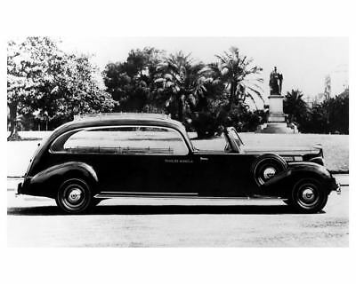 1939 Packard 8 Hearse Factory Photo c7575-L3P6WX