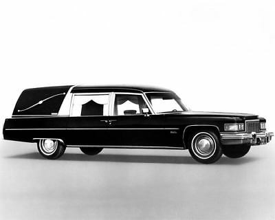 1975 Cadillac Miller Meteor Hearse Factory Photo c7774-X6L3H7