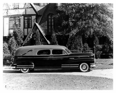 1942 Buick Chassis Flxible Hearse Factory Photo c9403