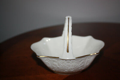 Lenox San Souci Collection Basket With Handle Ivory With Gold Trim Candy Dish
