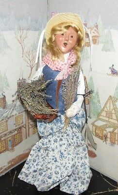 BYERS CHOICE Caroler Cries of London Lavender Woman with Tray  2002 *
