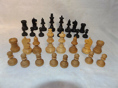 Vintage Ca 1960s Hand Carved Wood Chess Set in Wooden Storage Box