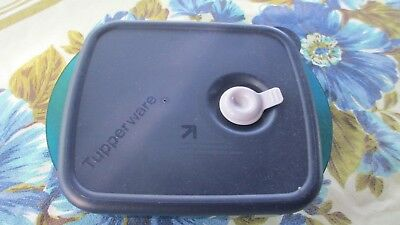 Tupperware Blue Heat n Eat,freezr to fridge to microwave to table,steam release