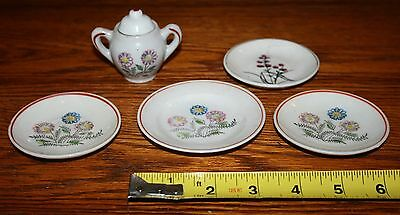 Antique Miniature Plates & pot with lid - 4 matching 1 different - Made In Japan