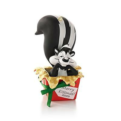 Hallmark Ornament 2013 Zee Perfect Gift - Looney Tunes Pepe' Le Pew #QXI2025-SDB