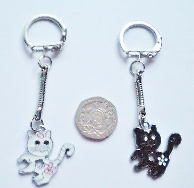 New Girl's Lucky Black Or White Cat/kitten Enamel Keyring/key Chain Present/gift