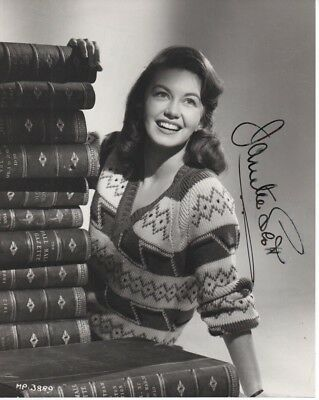 JANETTE SCOTT 'DAY OF THE TRIFFIDS' HAND SIGNED AUTOGRAPHED 8x10 PHOTO