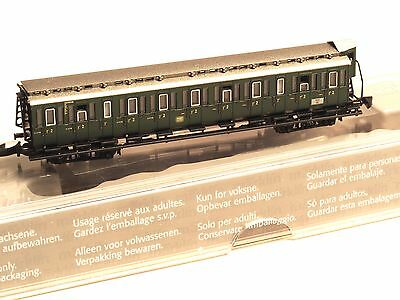 87562 Marklin Z-scale early era DB Passenger Compartment 4 axle Car 2nd. class