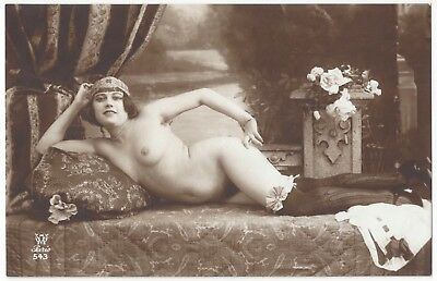 1920 French NUDE Photograph - Beautiful Reclining Flapper, Frontal & Stockings