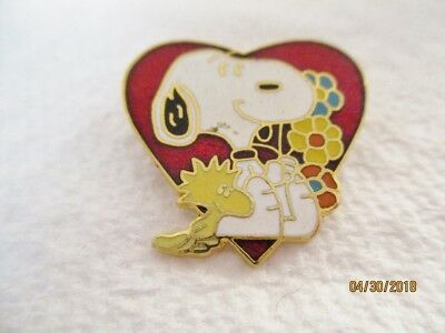 Vintage Snoopy Woodstock with Heart & Flowers Pin -- Peanuts