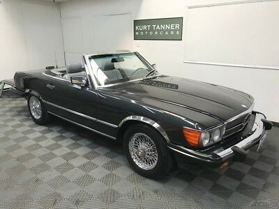 Mercedes-Benz 500-Series 560 SL. CHROME WIRE WHEELS 1987 MERCEDES BENZ 560 SL. BLACK PEARL ON GRAY. 59,162 MILES. STUNNING CAR.