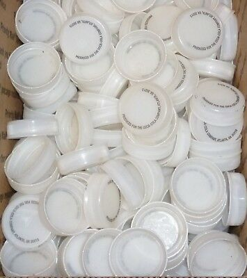 275 CLEAR PLASTIC BOTTLE CAPS  used  SAME SIZE AS A GATORADE CAP