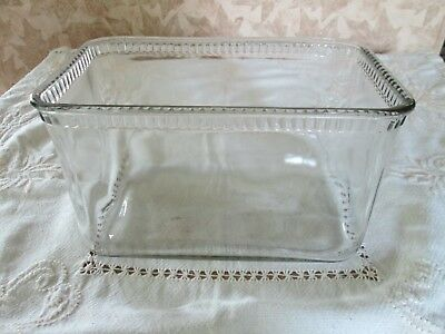 Vintage old wavy glass aquarium battery case nice small sturdy size