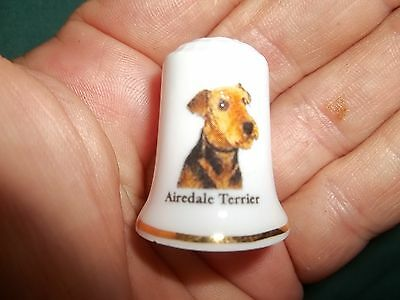 vintage AIREDALE TERRIER Dog Collectible ceramic Thimble figurine Lim.Edition