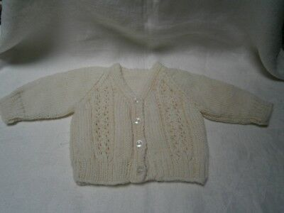 NEW CREAM HAND KNITTED CARDIGAN FOR UNISEX BOY GIRL 6  mths