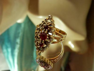 Vintage 70's Coventry Gold Tone Ruby Red Rhinestone Adjustable Size Ring 611my8
