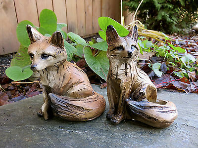 FOX SITTING FIGURINES resin animal Statue  COUNTRYSIDE SMART FOXY RED NEW 5 in.