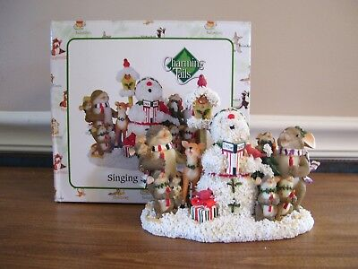 "Charming Tails Figurine 87/175 ""Singing Snow Tunes"""