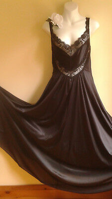 VTG 80s 1X Undercover Wear Stretch Bodice Nylon Long Full Sweep Nightgown