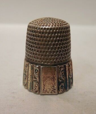 Vintage- Simons Brothers- Swirl Panels- Sterling Silver & Gold- Thimble- Size 11