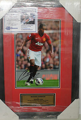 Antonio Valencia (Man United)Hand Signed 8X10 Photo Framed + C.o.a & Photo Proof