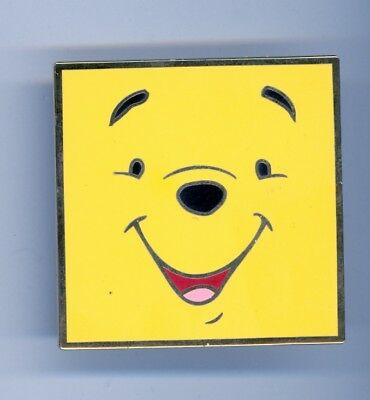 Disney Auctions Winnie the Pooh Smiling Face LE 500 Pin & Card