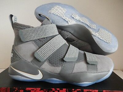 0ad1b0616c8e NIKE LEBRON SOLDIER XI Men s Sz. 8.5 Cool Grey Pure Platinum Shoes ...