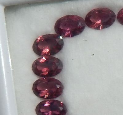 K57 1 Pierre fine 7mm GRENAT ROSE  garnet  Madagascar  semi-precieuse