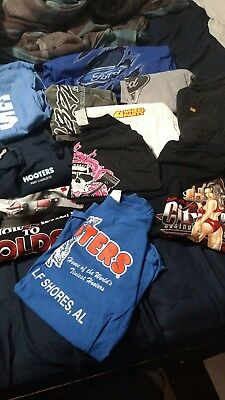 Mens Graphic T Shirts sizes Medium Large Lot of 13 Ford, Hooters